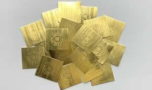 金地金や プラチナ地金などの貴金属