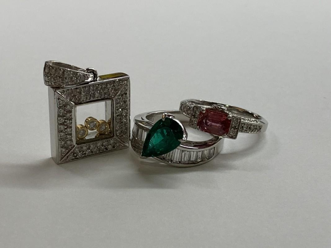 ご年配の質預かり・質入れなら宝石・ジュエリー・宝飾品