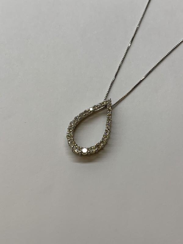 ダイヤモンドのデザインネックレスで質預かり・質入れ