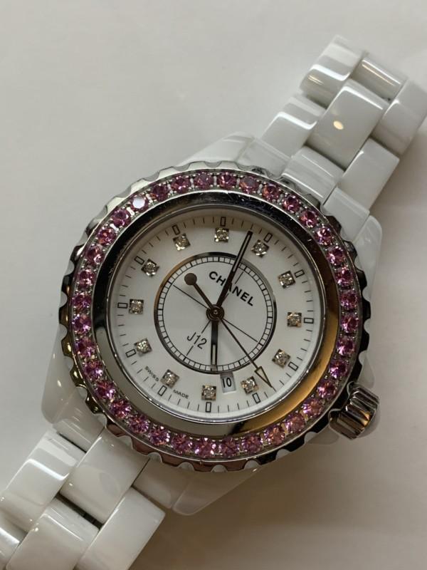 シャネル J12 ホワイトセラミック レディースの腕時計