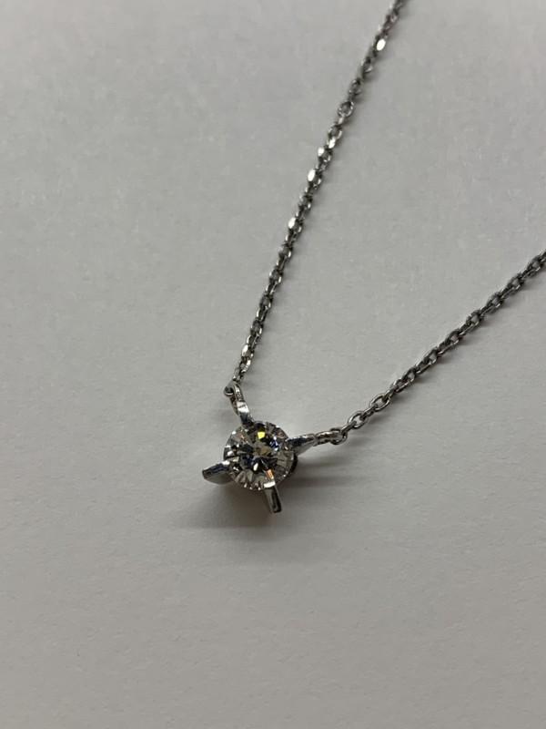 ダイヤモンドのプチネックレス買取り・質預かり