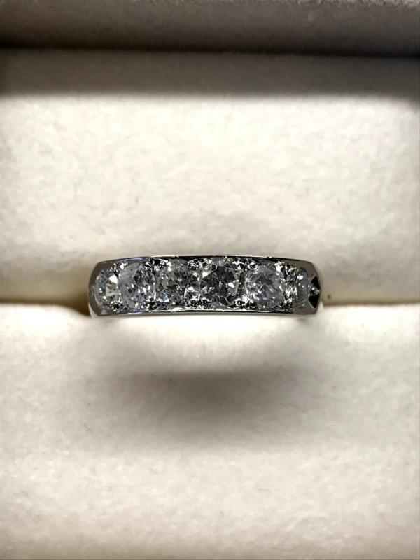 ダイヤモンド一文字リング PTダイヤモンド1.02カラット