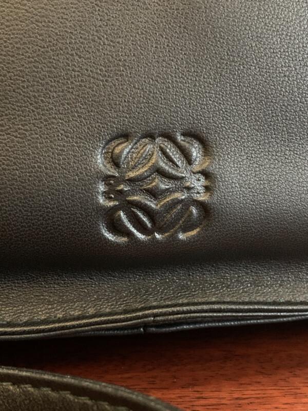 ロエベを象徴するロゴ アナグラム