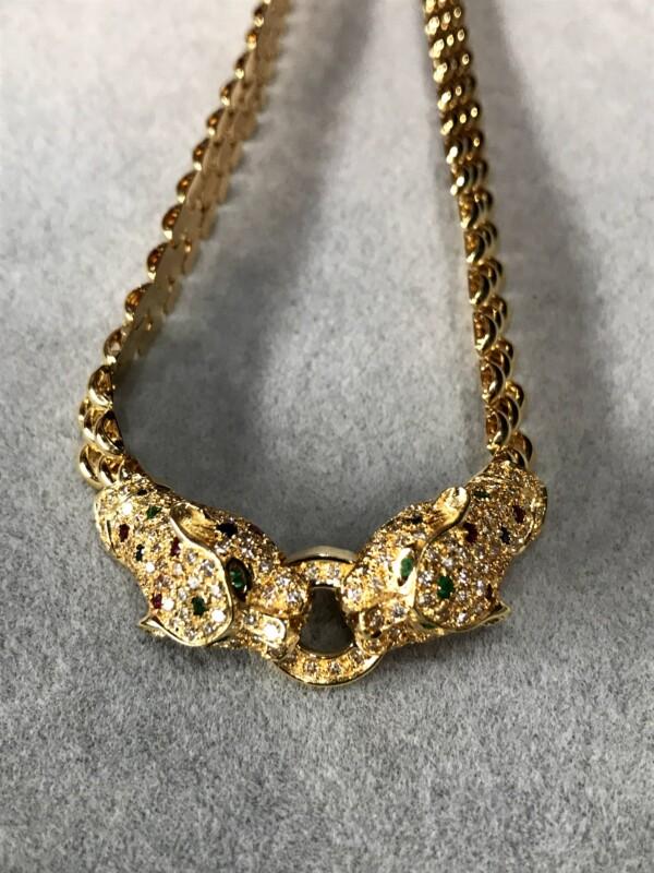 昔の豹のモチーフのネックレス