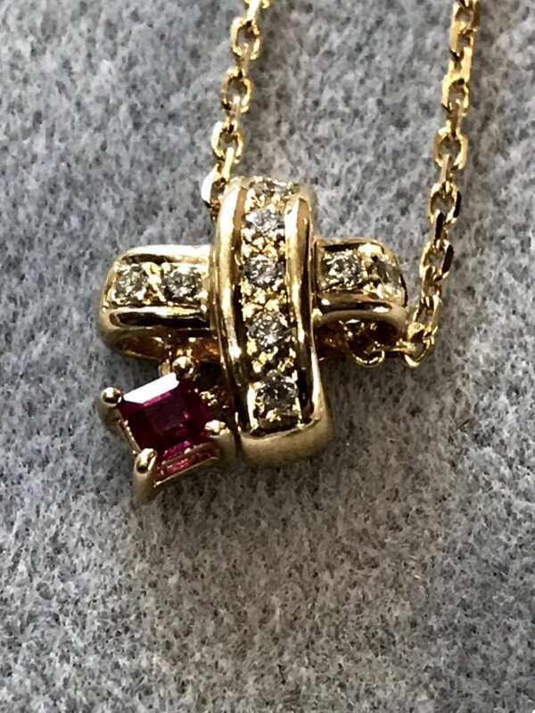 ポーラジュエリーのルビーとダイヤモンド