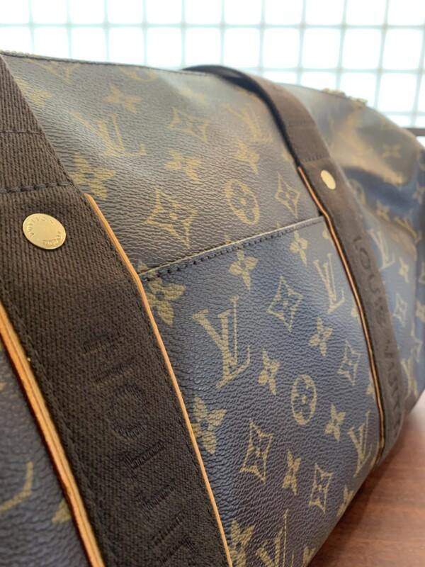 スポーティ・ボブール 中央側面のポケット